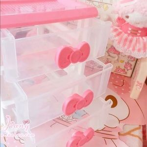 Hello kitty storage